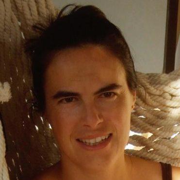 ELENA ANGULO